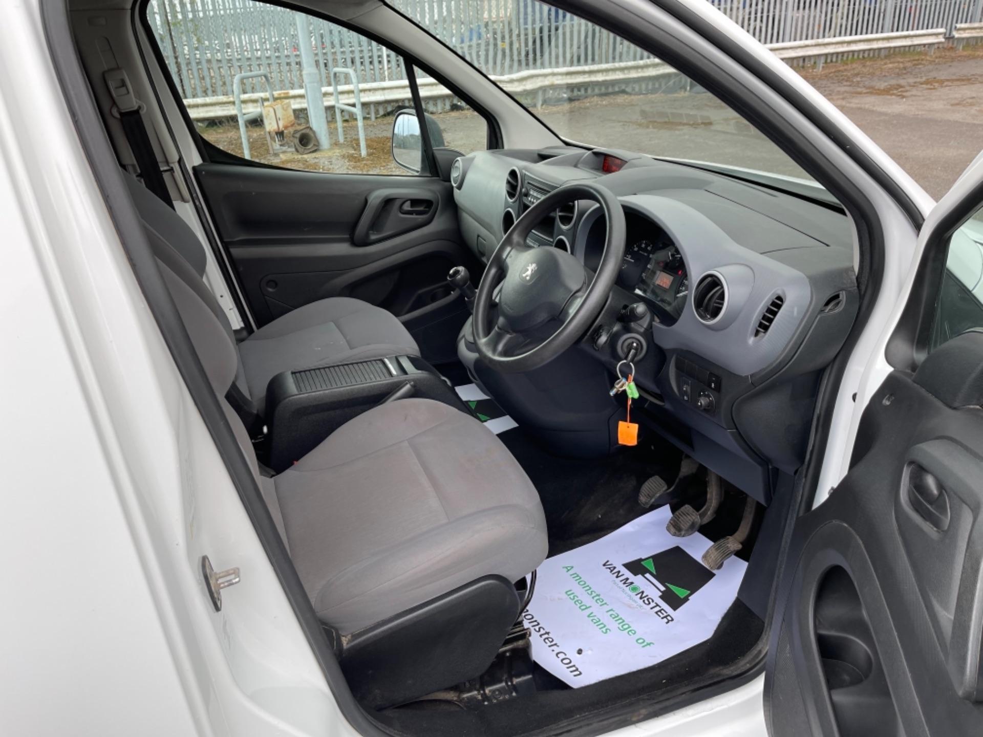 2015 Peugeot Partner 850 S 1.6 Hdi 92 Van [Sld] (NX65YEC) Image 13