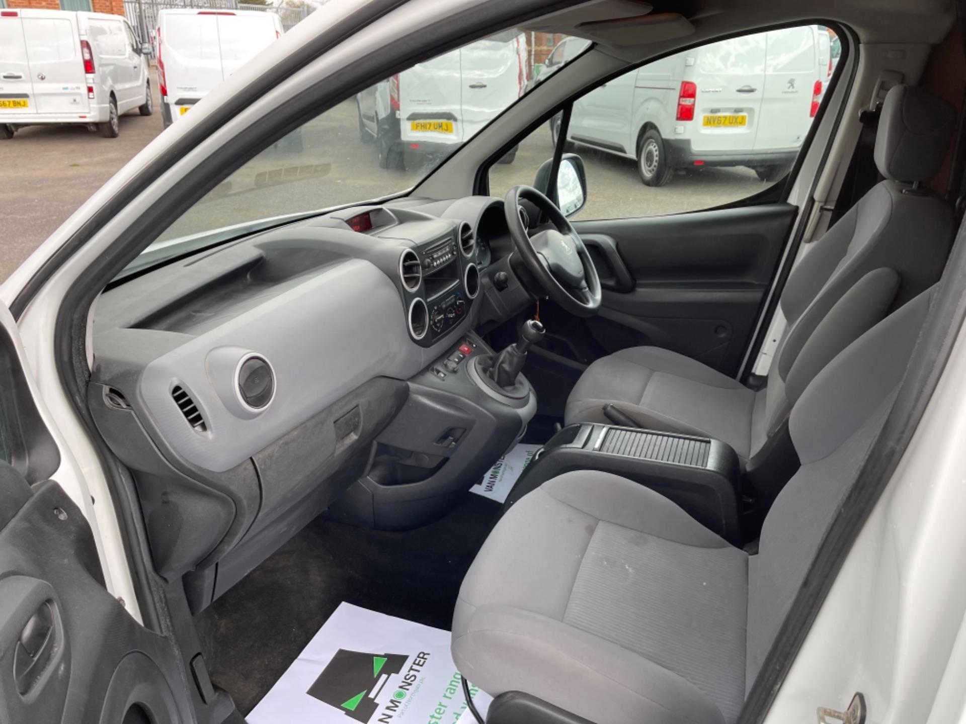 2015 Peugeot Partner 850 S 1.6 Hdi 92 Van [Sld] (NX65YEC) Image 14