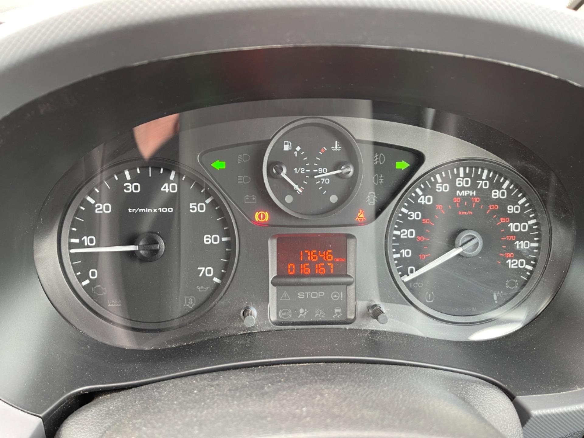 2015 Peugeot Partner 850 S 1.6 Hdi 92 Van [Sld] (NX65YEC) Image 15