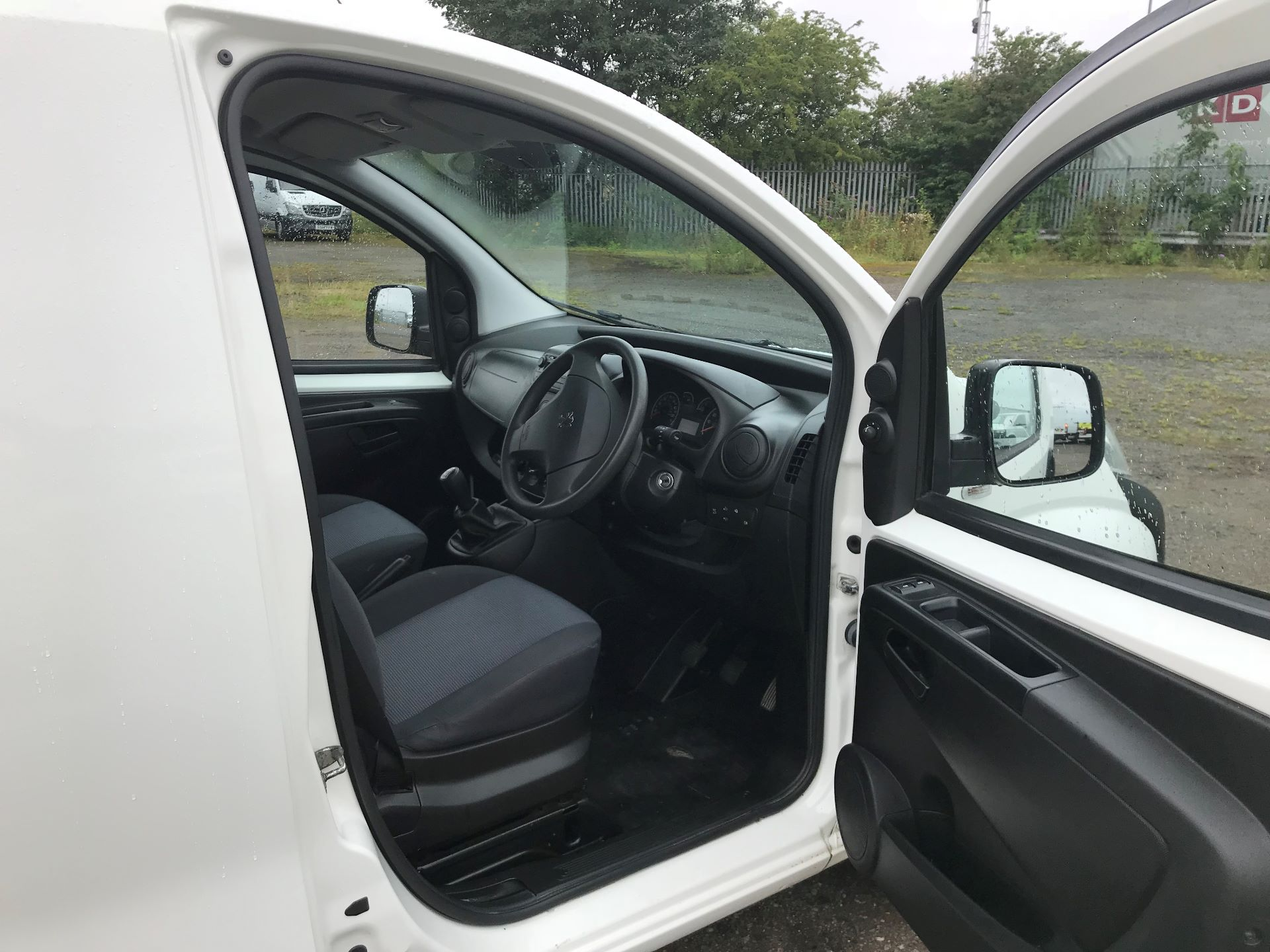 2015 Peugeot Bipper 1.3 Hdi 75 S Plus Pack [Sld] (NX65YYD) Image 12