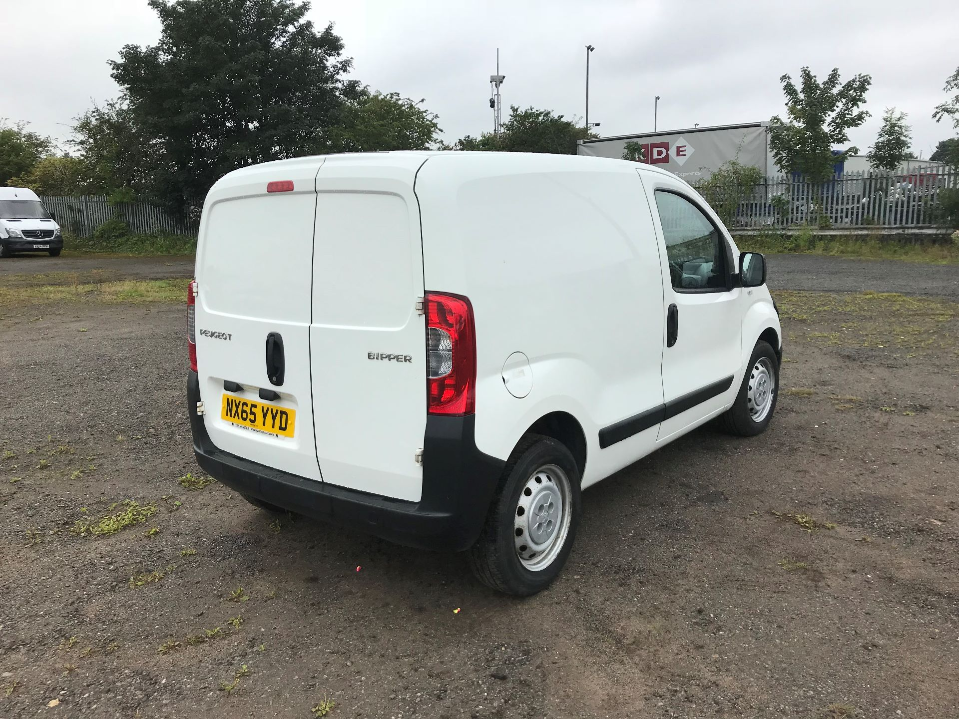 2015 Peugeot Bipper 1.3 Hdi 75 S Plus Pack [Sld] (NX65YYD) Image 4
