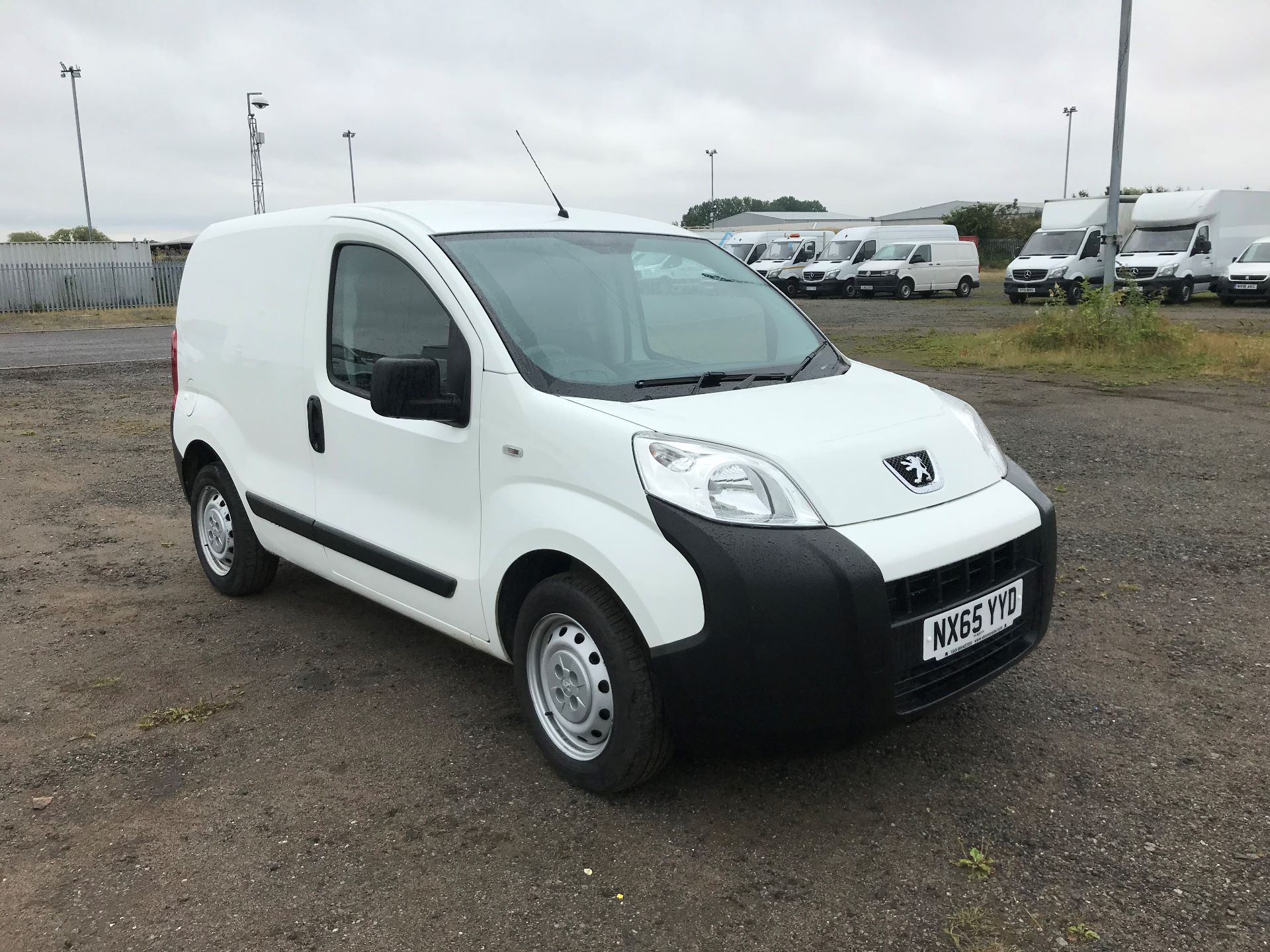 2015 Peugeot Bipper 1.3 Hdi 75 S Plus Pack [Sld] (NX65YYD) Image 2