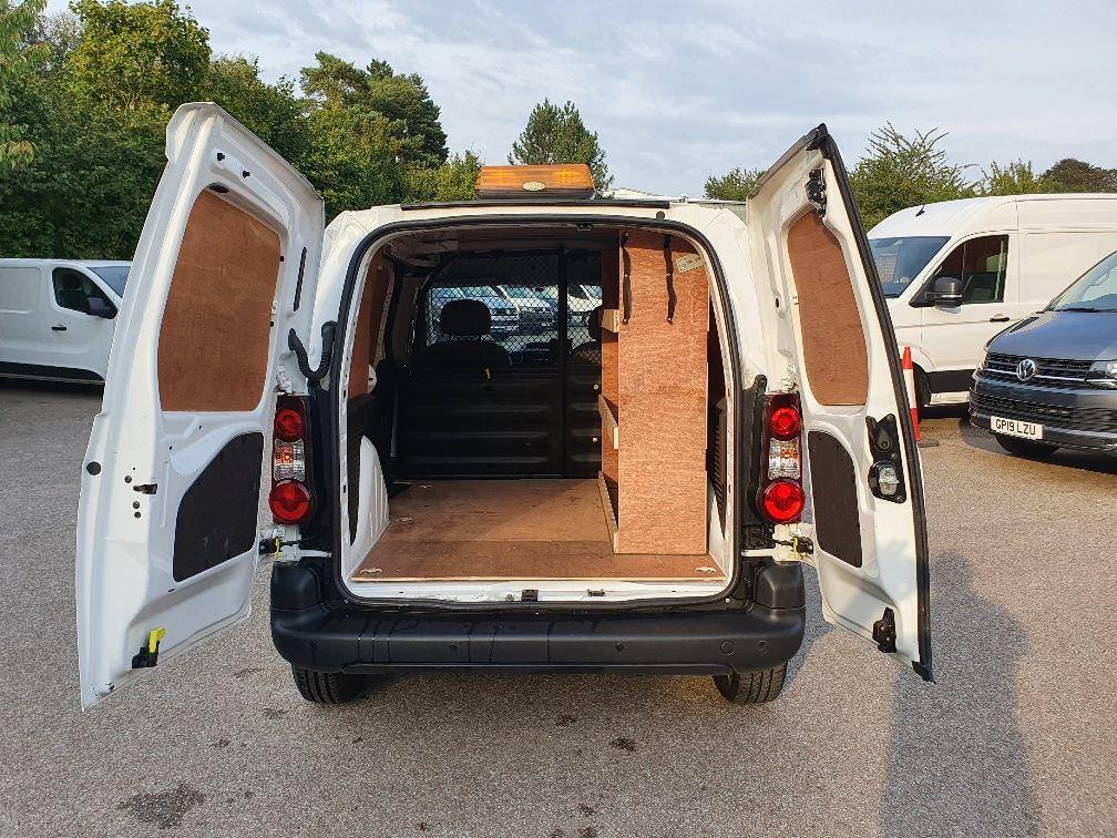 2016 Peugeot Partner 850 S 1.6 Hdi 92 Van [Sld] (NX66JJV) Image 11