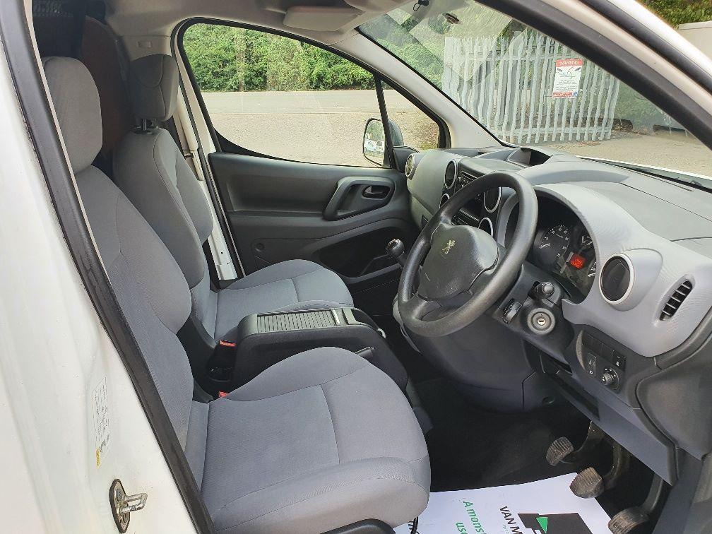 2016 Peugeot Partner 850 S 1.6 Hdi 92 Van [Sld] (NX66JJV) Image 5