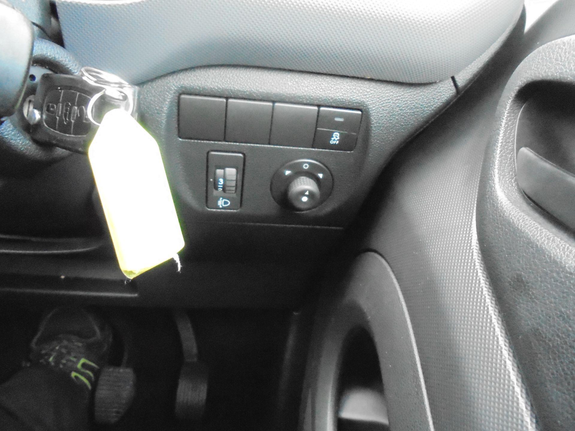 2016 Peugeot Partner 850 S 1.6 Hdi 92 Van [Sld] (NX66JKU) Image 17