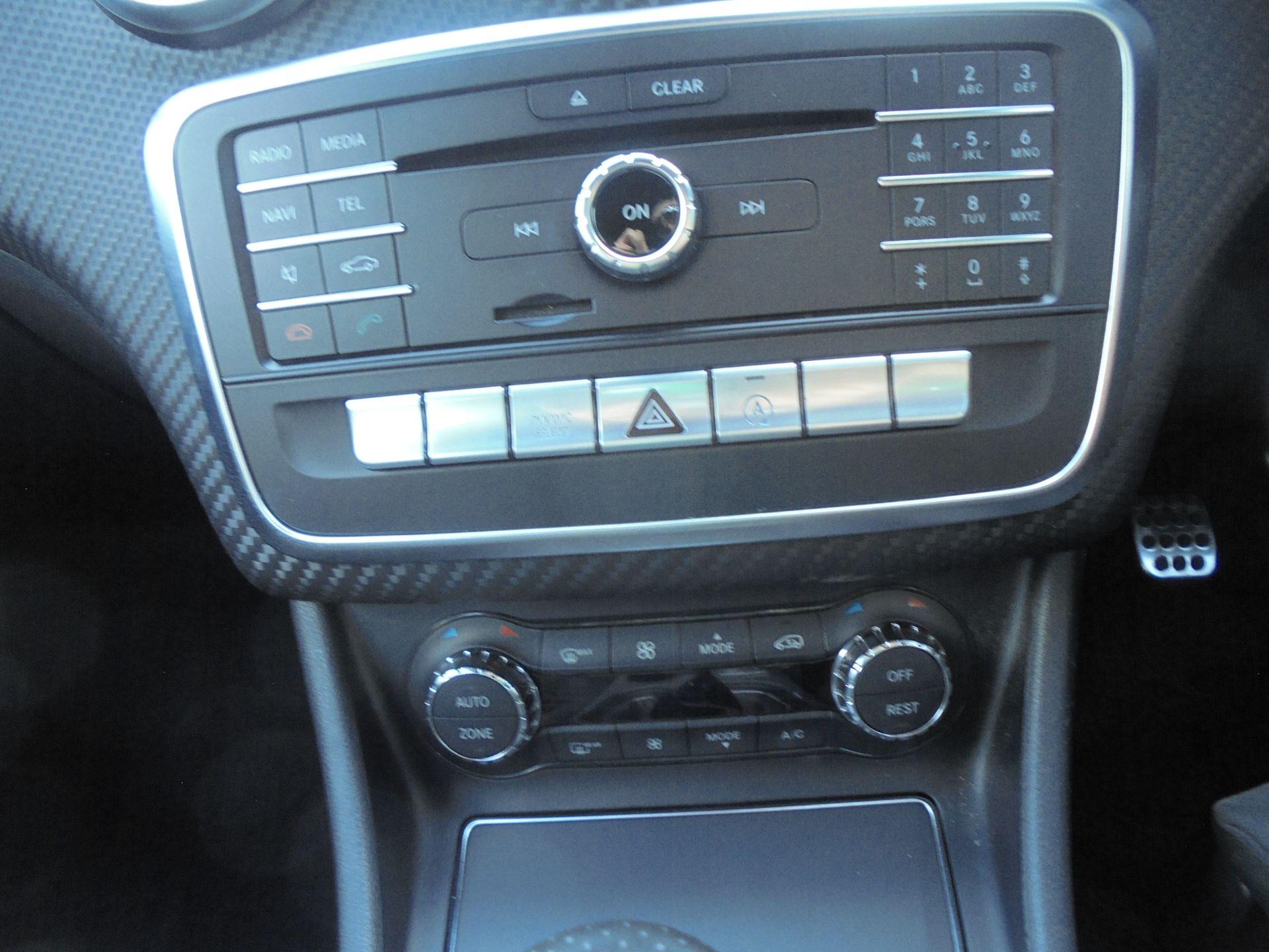 2016 Mercedes-Benz A Class A180d Amg Line 5Dr (NX66KXB) Image 20
