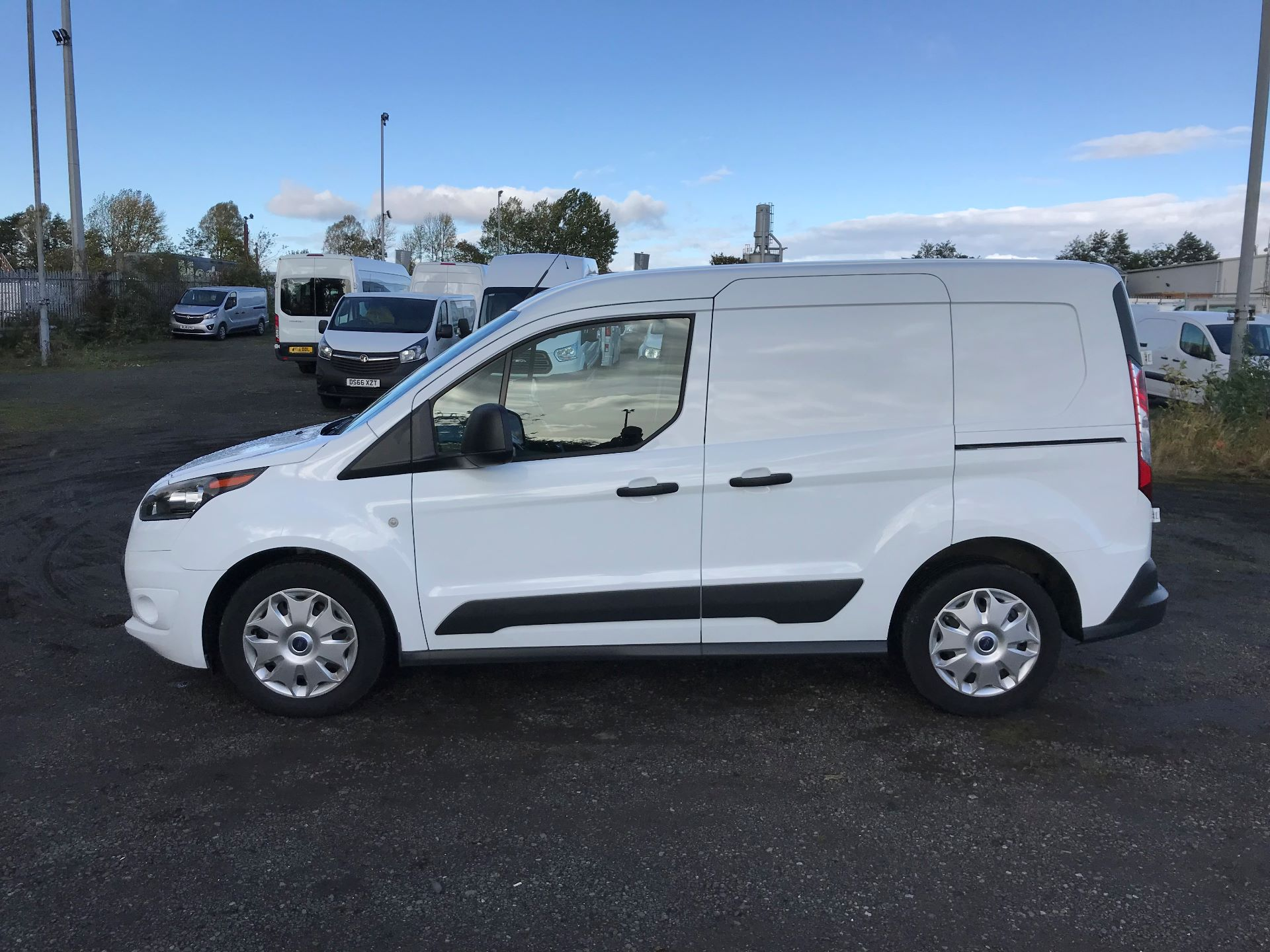 2016 Ford Transit Connect 1.5 Tdci 75Ps Trend Van (NX66WHN) Image 4
