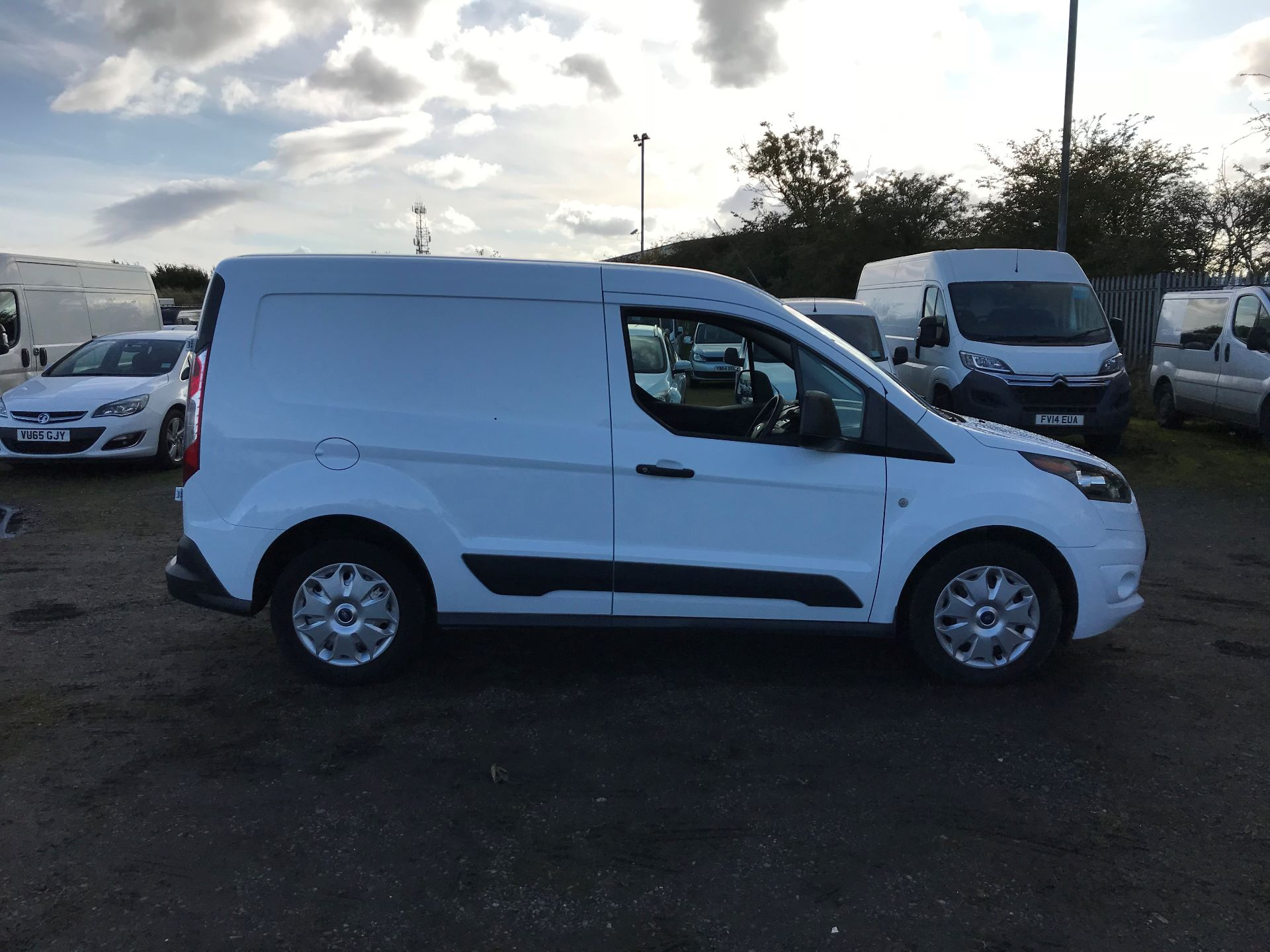 2016 Ford Transit Connect 1.5 Tdci 75Ps Trend Van (NX66WHN) Image 8