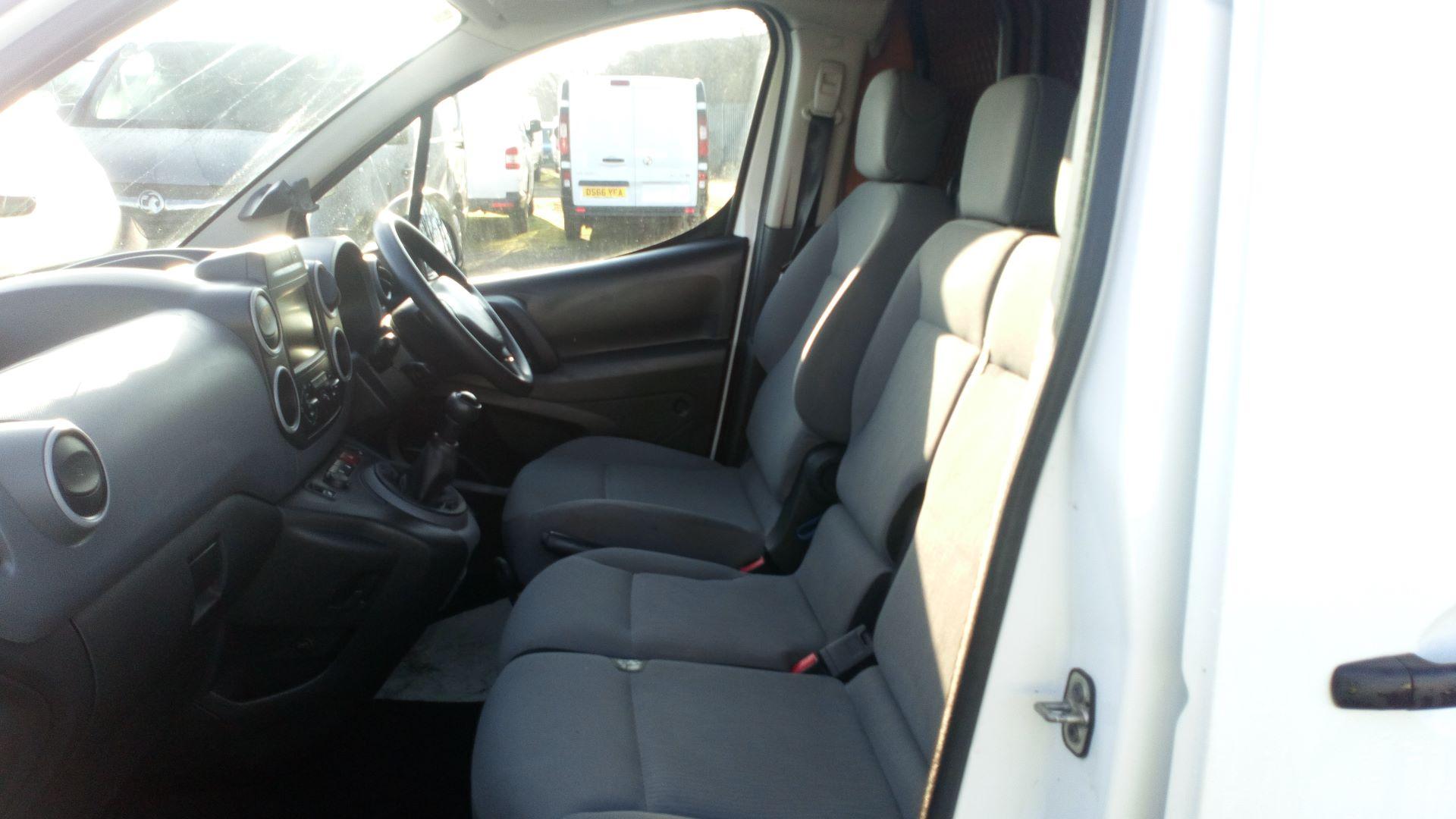 2016 Peugeot Partner 850 1.6 Bluehdi 100 Professional Van [Non Ss] (NX66YVF) Image 13