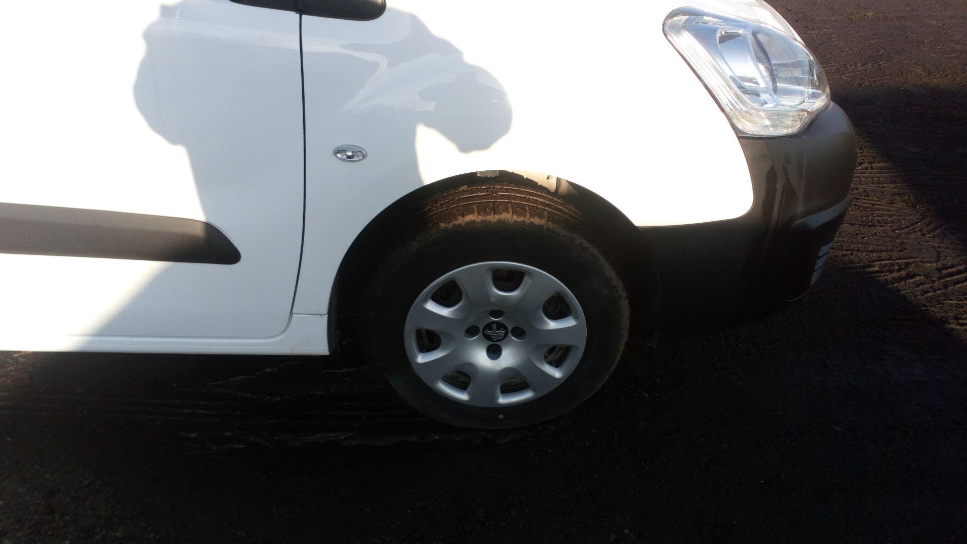 2016 Peugeot Partner 850 1.6 Bluehdi 100 Professional Van [Non Ss] (NX66YVF) Image 9