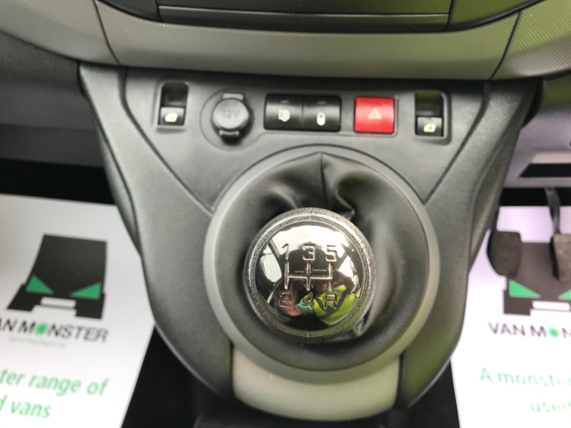 2016 Peugeot Partner 850 S 1.6 Hdi 92 Van [Sld] Euro 5 (NX66ZTP) Image 11