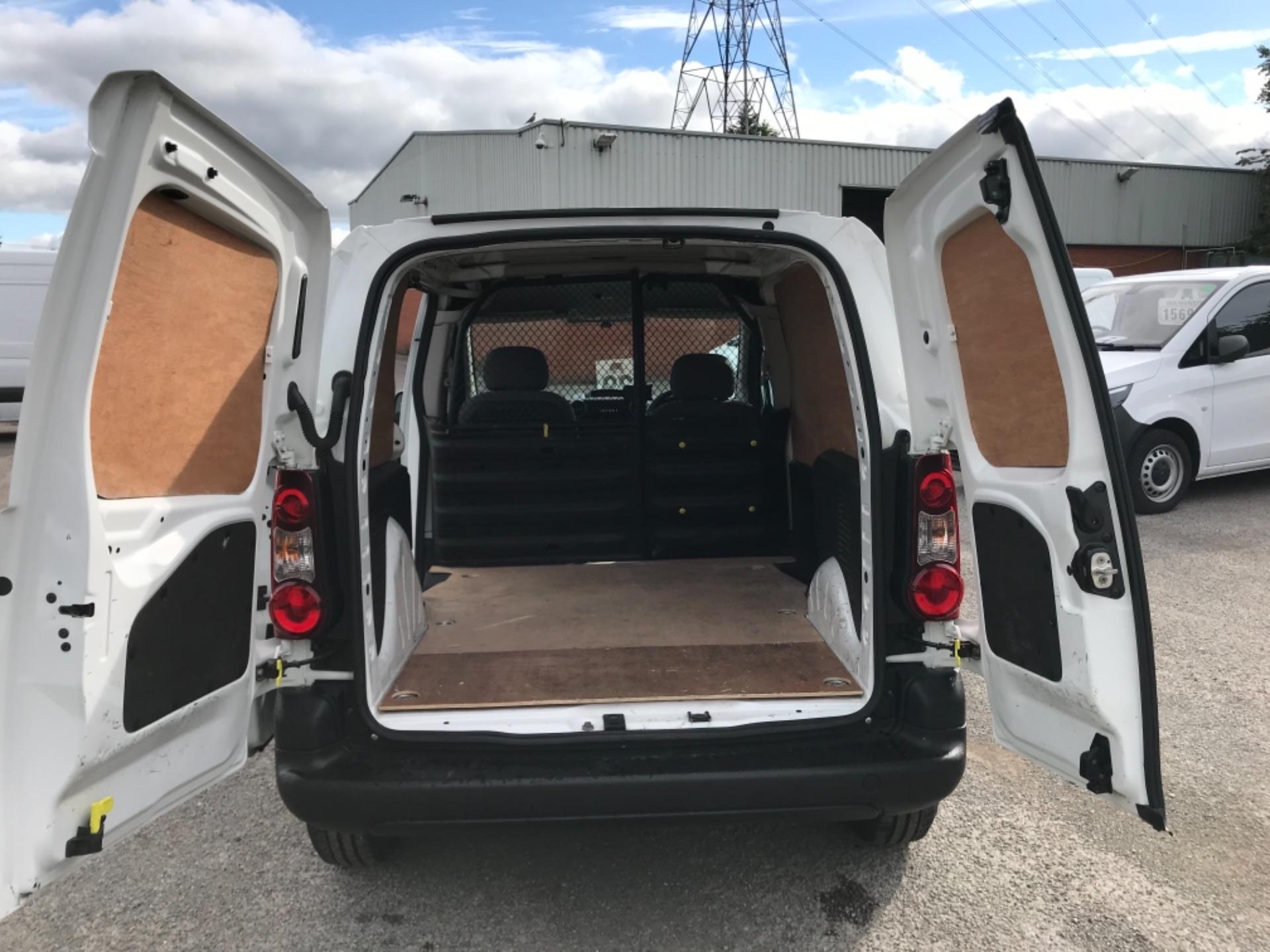 2016 Peugeot Partner 850 S 1.6 Hdi 92 Van [Sld] Euro 5 (NX66ZTP) Image 17