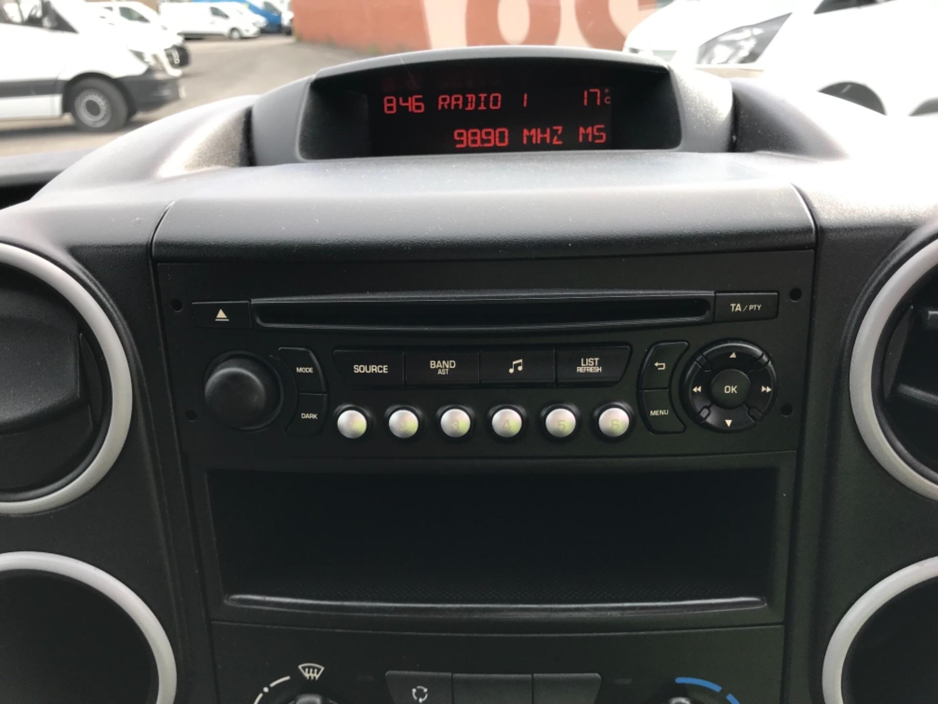 2016 Peugeot Partner 850 S 1.6 Hdi 92 Van [Sld] Euro 5 (NX66ZTP) Image 10