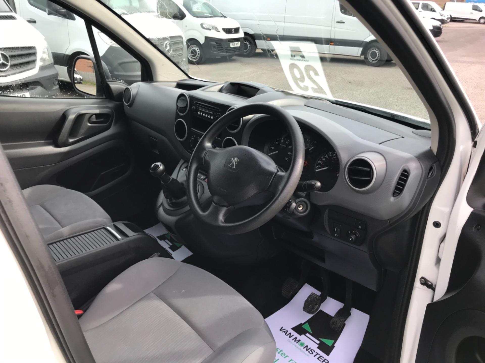 2016 Peugeot Partner 850 S 1.6 Hdi 92 Van [Sld] Euro 5 (NX66ZTP) Image 9
