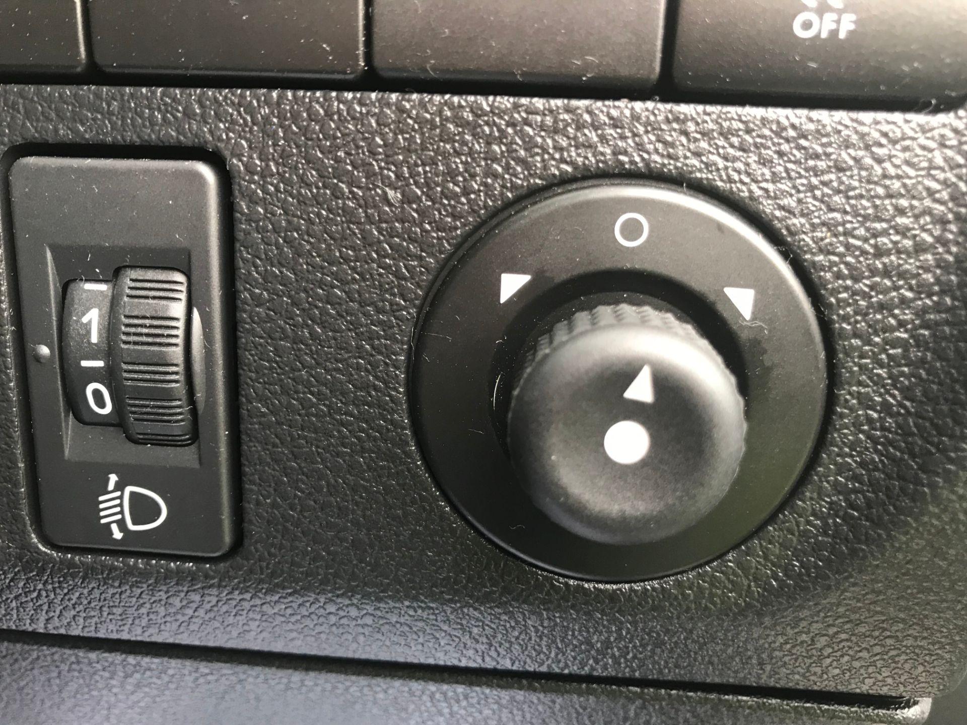 2016 Peugeot Partner 850 S 1.6 Hdi 92 Van [Sld] (NX66ZVY) Image 22