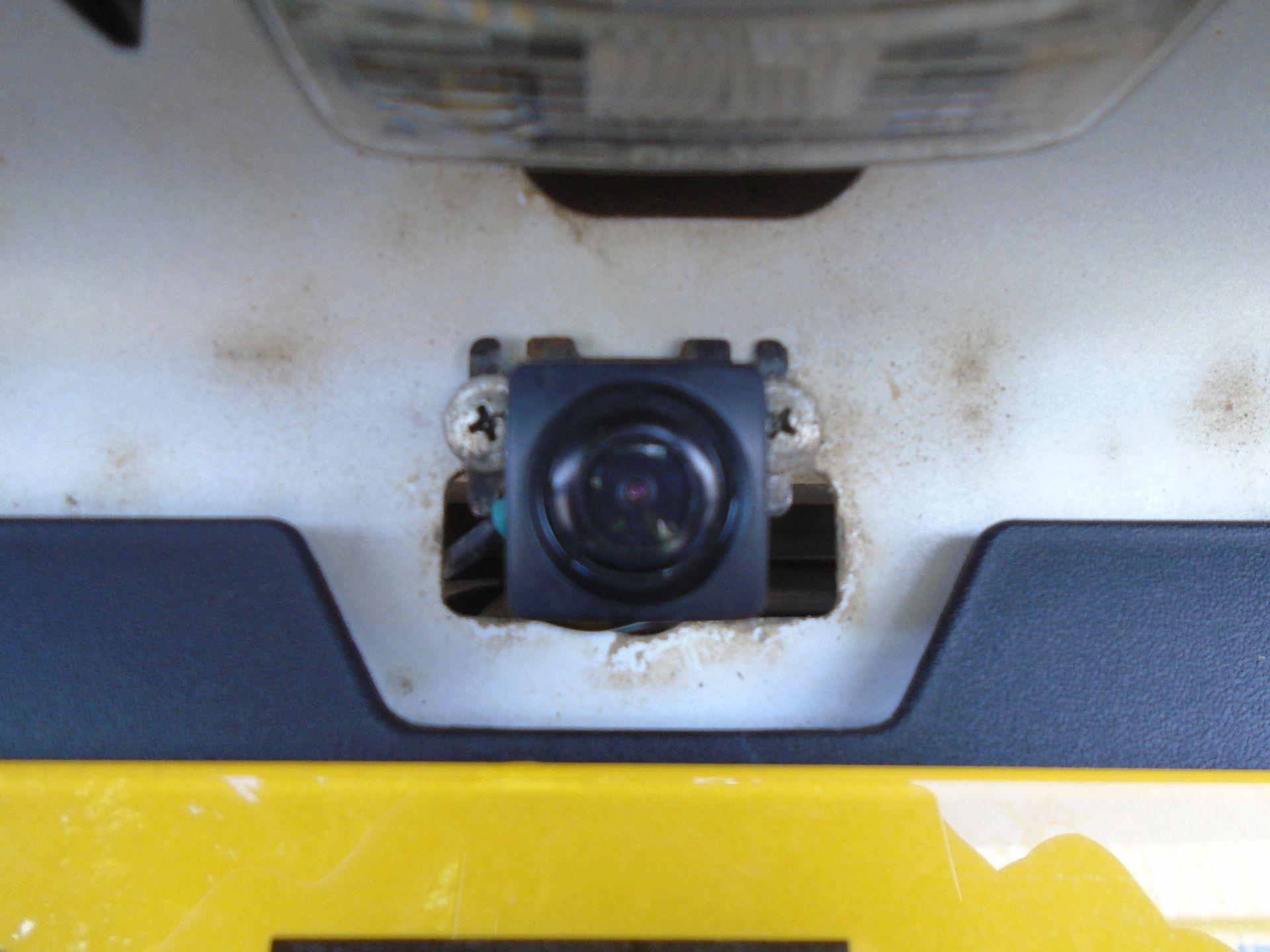 2017 Toyota Hilux Active D/Cab Pick Up 2.5 D-4D 4Wd 144 (NX67PGE) Image 14