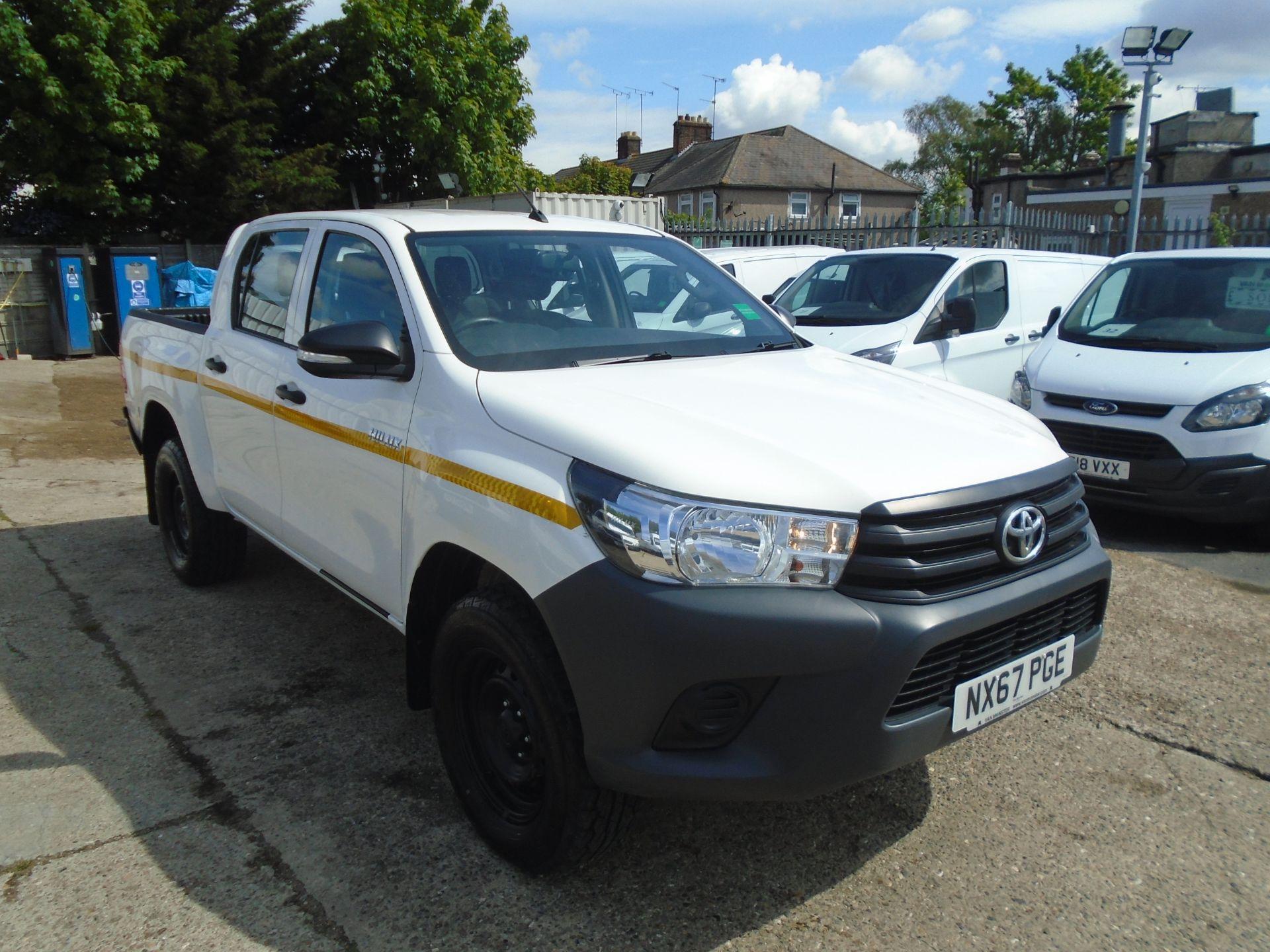 2017 Toyota Hilux Active D/Cab Pick Up 2.5 D-4D 4Wd 144 (NX67PGE)
