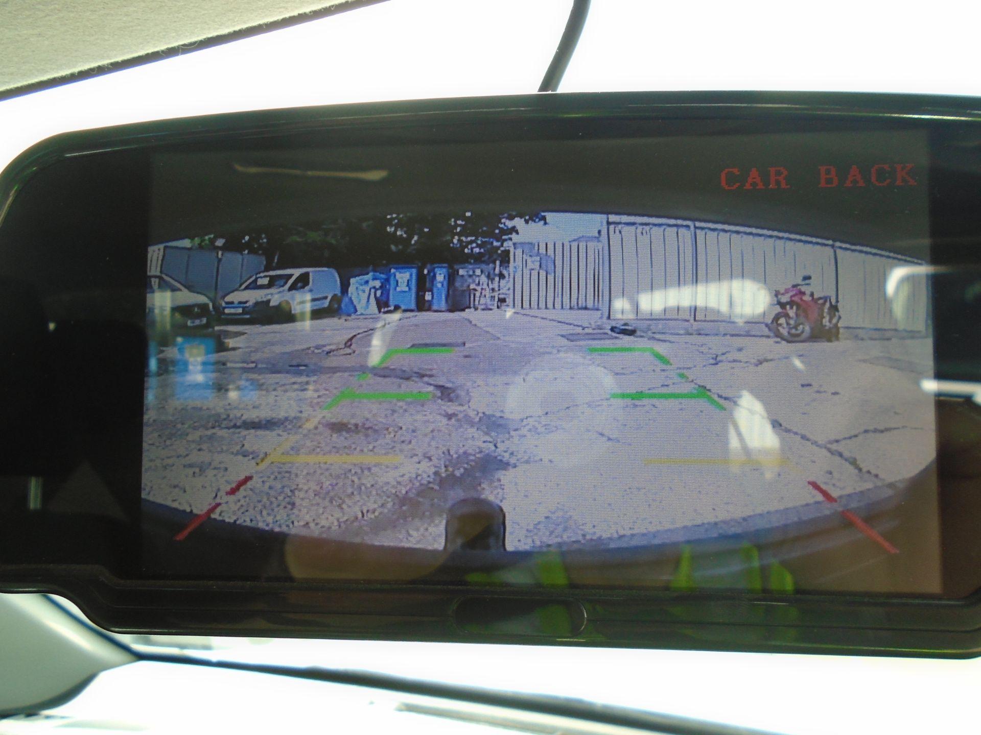 2017 Toyota Hilux Active D/Cab Pick Up 2.5 D-4D 4Wd 144 (NX67PGE) Image 24