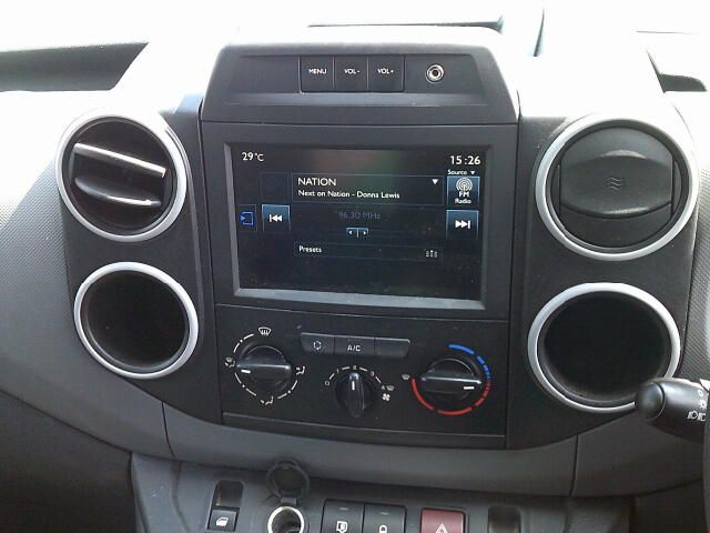2017 Peugeot Partner 850 1.6 Bluehdi 100 Professional Van [Non Ss] (NX67XNE) Image 11