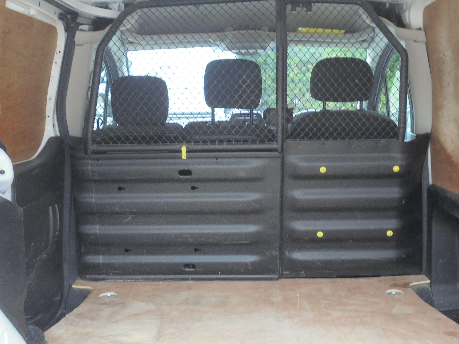 2017 Peugeot Partner 850 1.6 Bluehdi 100 Professional Van [Non Ss] (NX67XNF) Image 10