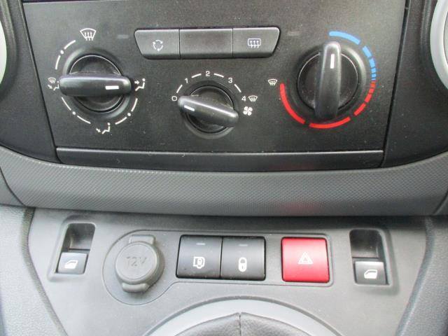 2017 Peugeot Partner L2 715 S 1.6 BLUEHDI 100 CREW VAN EURO 6 (NX67XNM) Image 22