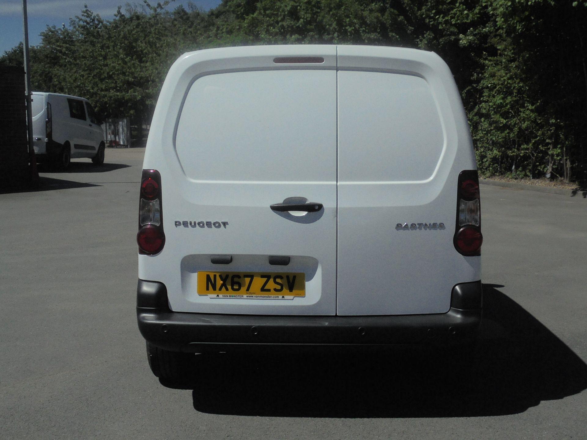 2017 Peugeot Partner 850 1.6 Bluehdi 100 Professional Van [Non Ss] (NX67ZSV) Image 8
