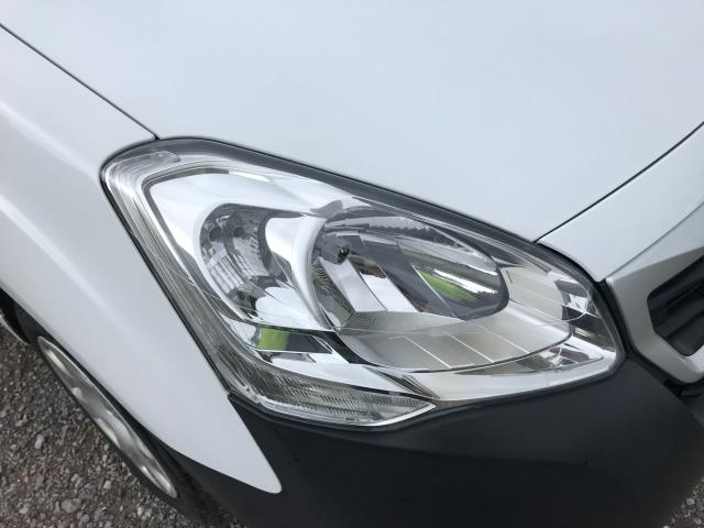 2017 Peugeot Partner L1 850 1.6 BLUEHDI 100 PROFESSIONAL (NON S/S)EURO 6 (NX67ZTC) Image 18