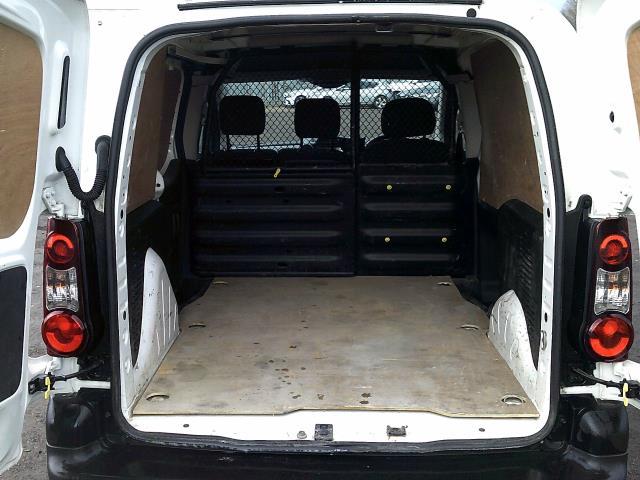 2017 Peugeot Partner 850 1.6 Bluehdi 100 Professional Van [Non Ss] (NX67ZTR) Image 12