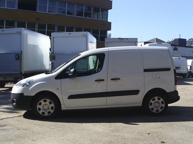 2014 Peugeot Partner L1 850 S 1.6 92PS (SLD) EURO 5 (NY14FEM) Image 9