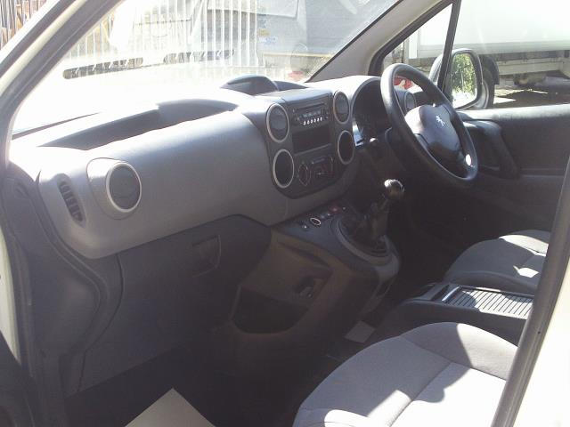 2014 Peugeot Partner L1 850 S 1.6 92PS (SLD) EURO 5 (NY14FEM) Image 17