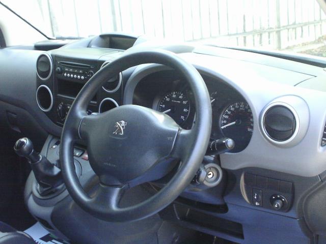 2014 Peugeot Partner L1 850 S 1.6 92PS (SLD) EURO 5 (NY14FEM) Image 23
