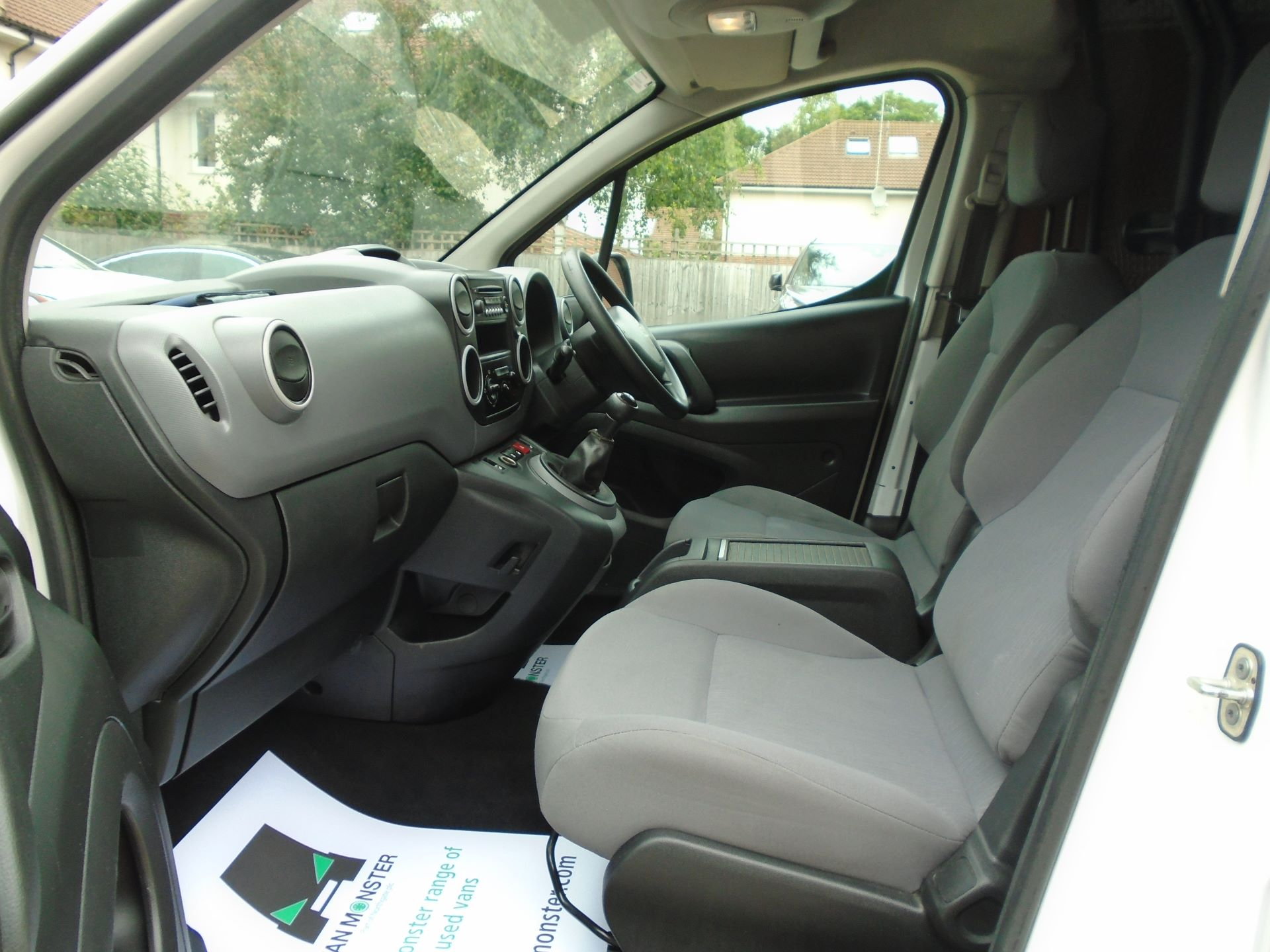 2015 Peugeot Partner 850 S 1.6 Hdi 92 Van EURO5 (60MPH LIMIT) (NY15GBO) Image 11