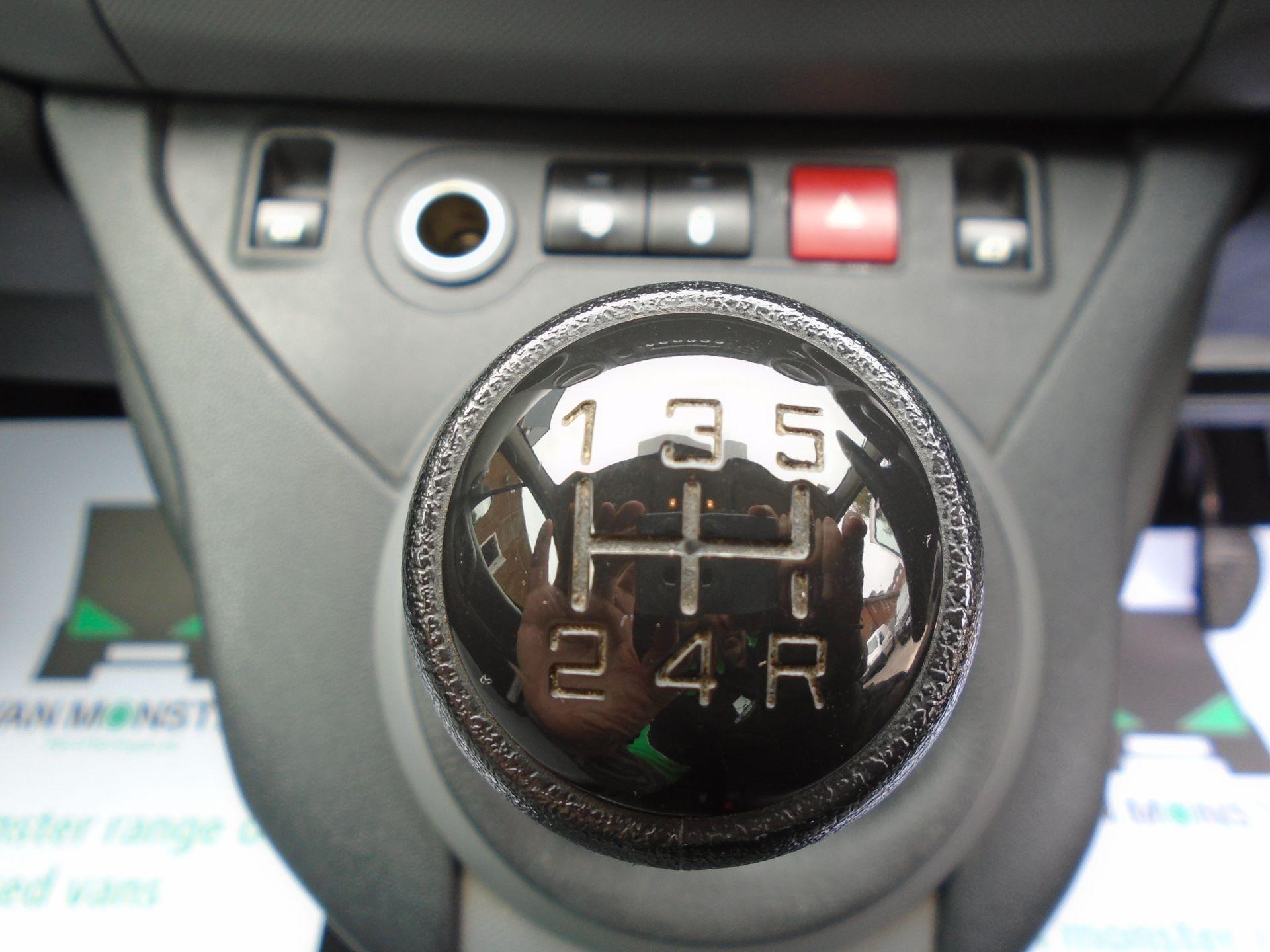 2015 Peugeot Partner 850 S 1.6 Hdi 92 Van EURO5 (60MPH LIMIT) (NY15GBO) Image 18