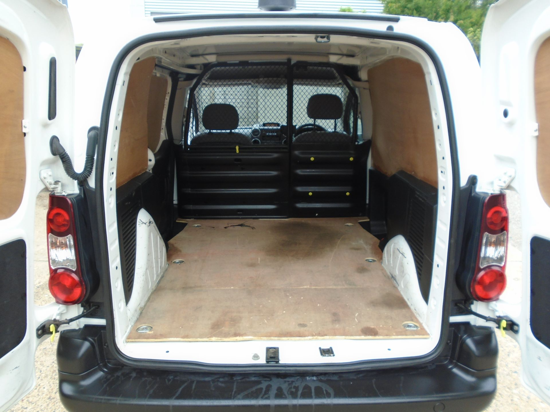 2015 Peugeot Partner 850 S 1.6 Hdi 92 Van EURO5 (60MPH LIMIT) (NY15GBO) Image 10