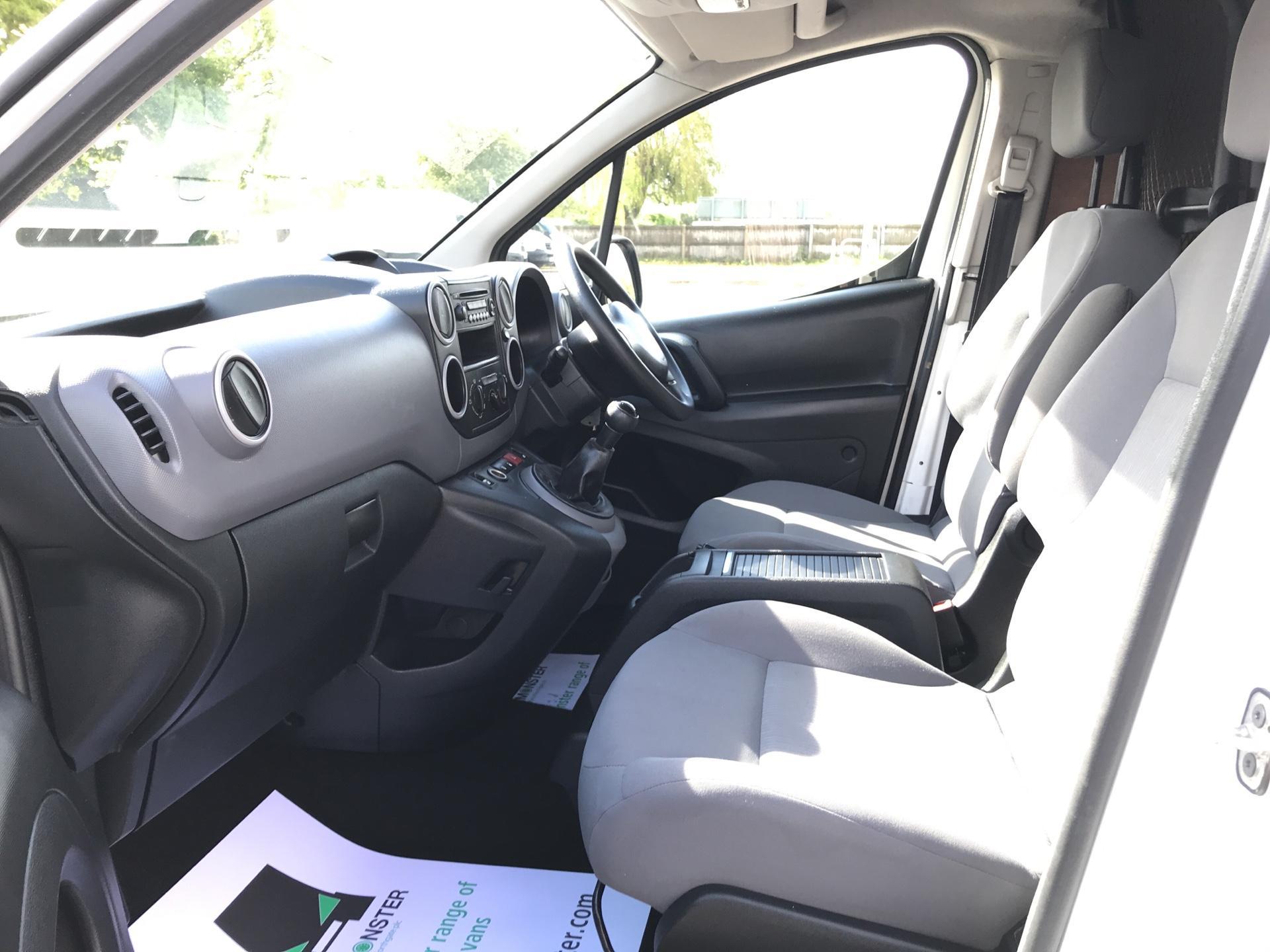 2015 Peugeot Partner L1 850 S 1.6 92PS (SLD) EURO 5 (NY15GDZ) Image 14