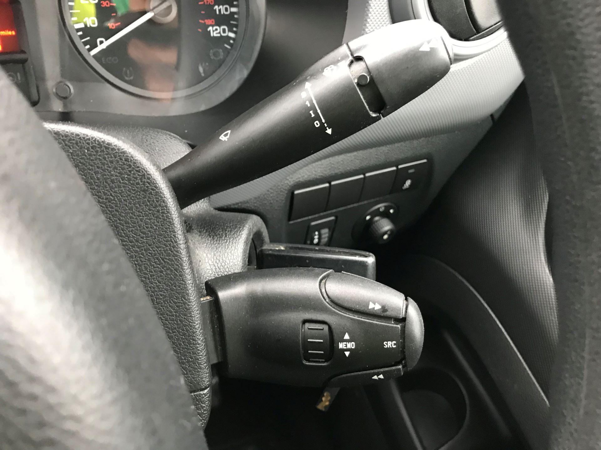 2016 Peugeot Partner L1 850 S 1.6 92PS [SLD] EURO 5 (NY16AFE) Image 28