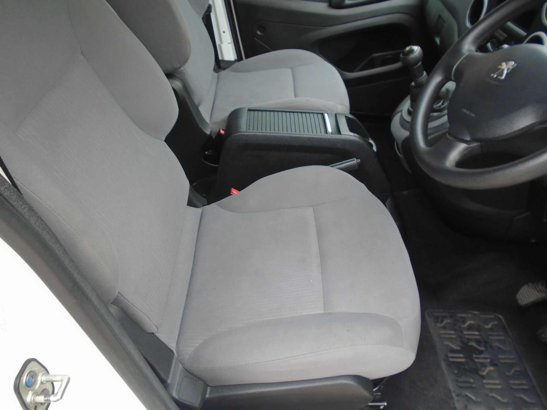 2016 Peugeot Partner 850 S 1.6 Hdi 92 Van [Sld](EURO 5) (NY16AFU) Image 22