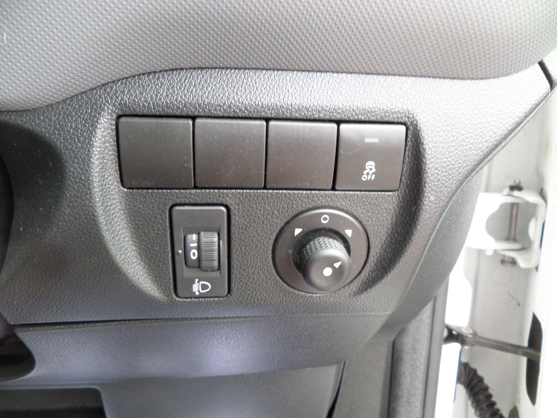2016 Peugeot Partner 850 S 1.6 Hdi 92 Van [Sld] Euro 5 (NY16AGU) Image 15
