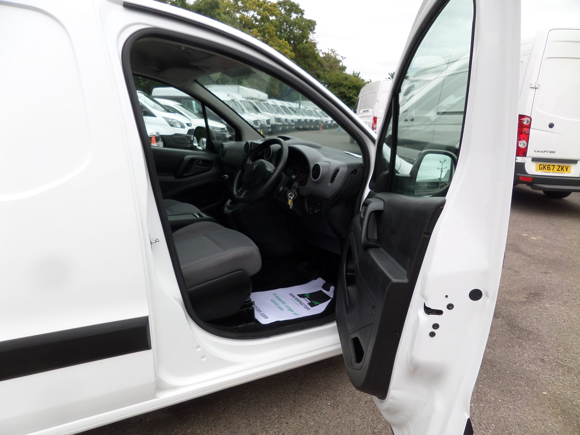 2016 Peugeot Partner 850 S 1.6 Hdi 92 Van [Sld] Euro 5 (NY16AGU) Image 11