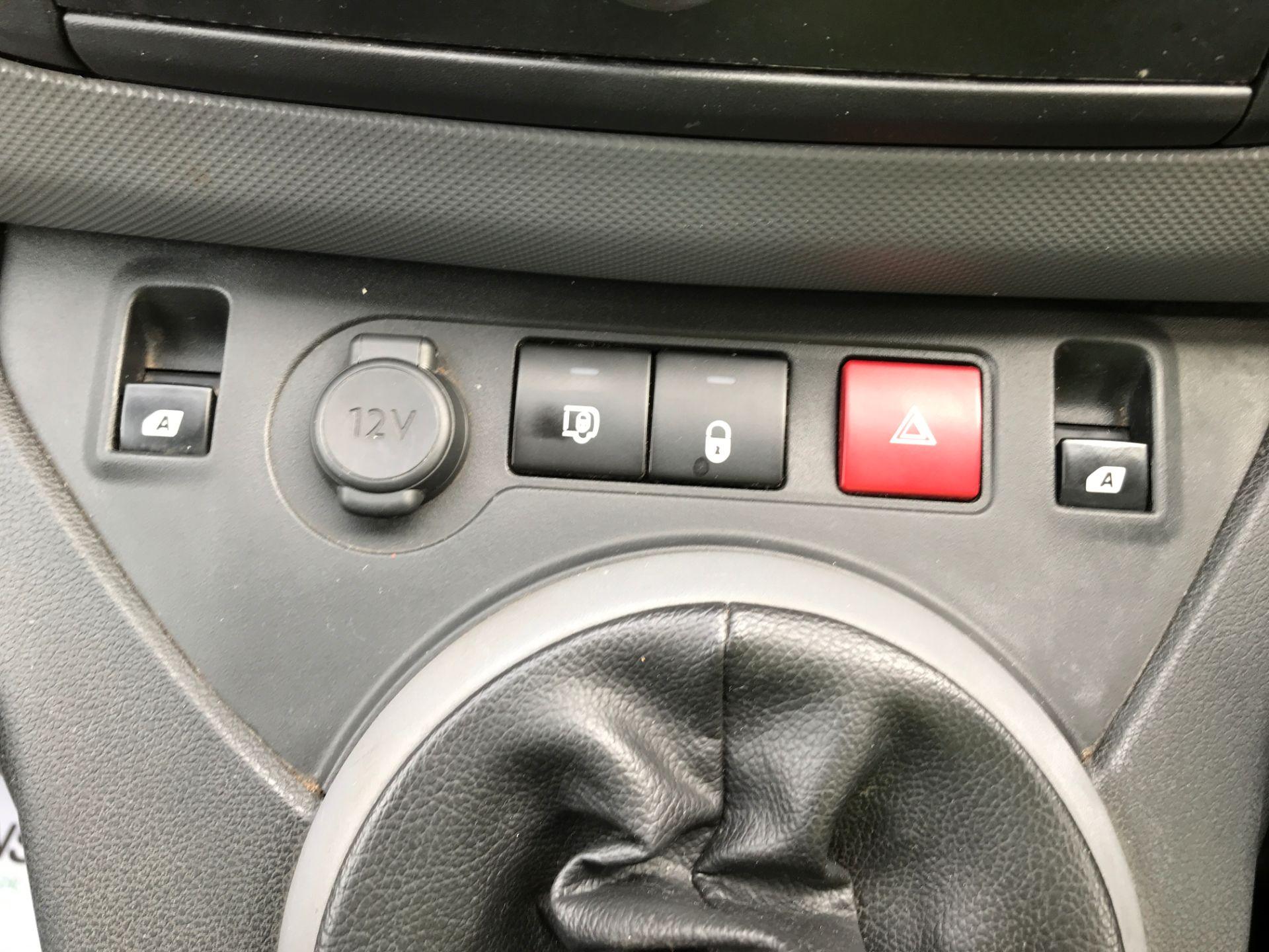 2016 Peugeot Partner L1 850 S 1.6HDI 92PS EURO 5 (NY16AHG) Image 20