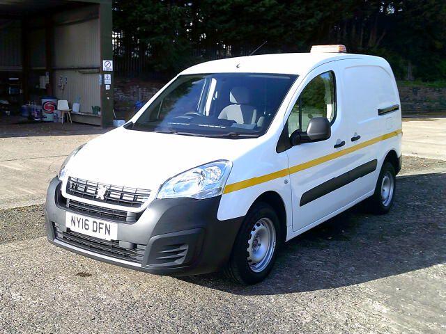 2016 Peugeot Partner 850 S 1.6 Hdi 92 Van [Sld] (NY16DFN) Image 14