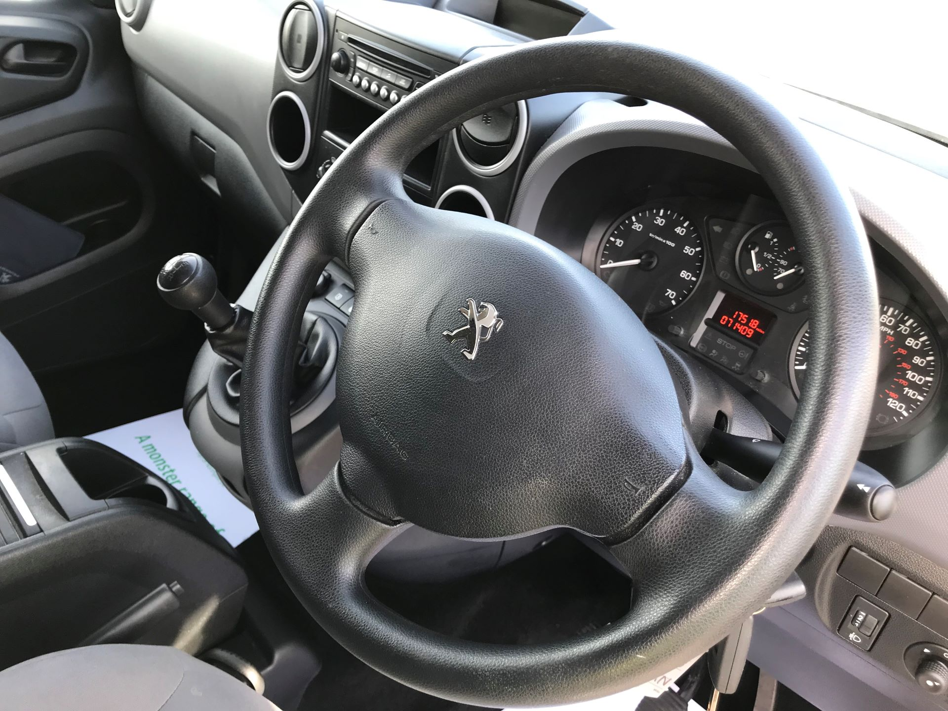 2016 Peugeot Partner L1 850 S 1.6 92PS [SLD] EURO 5 (NY16DGX) Image 17