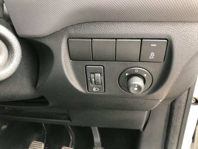 2016 Peugeot Partner 750 S 1.6 Hdi 92 Van EURO 5 (NY16DHE) Image 13