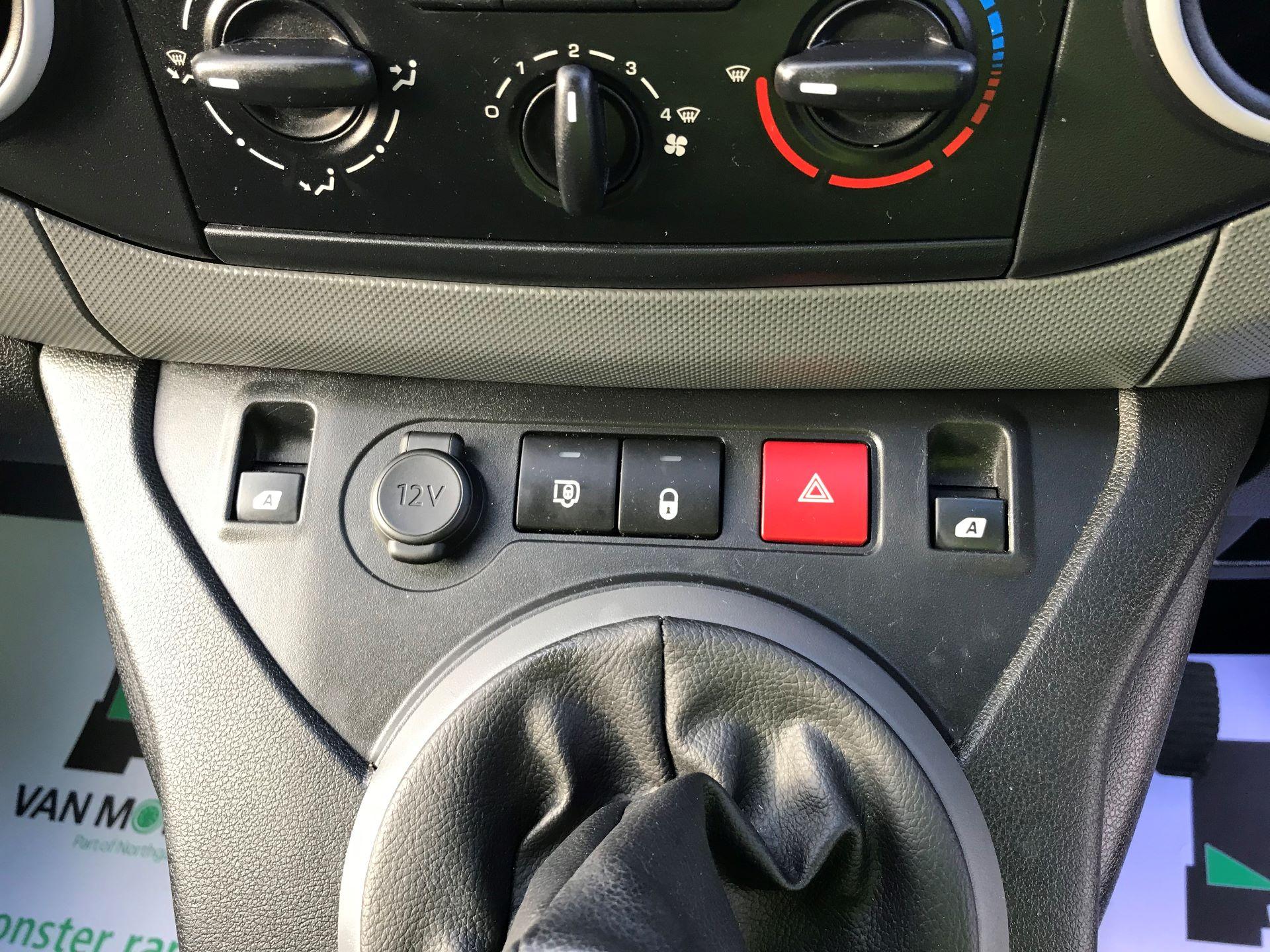 2016 Peugeot Partner L1 850 S 1.6 92PS [SLD] EURO 5 (NY16ECA) Image 20
