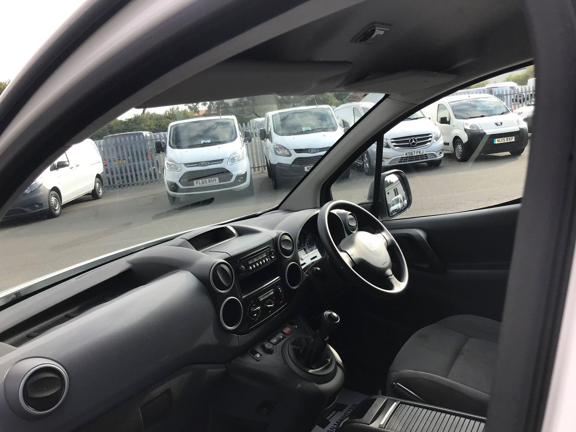 2016 Peugeot Partner L1 850 S 1.6 92PS [SLD] EURO 5 (NY16EEB) Image 17
