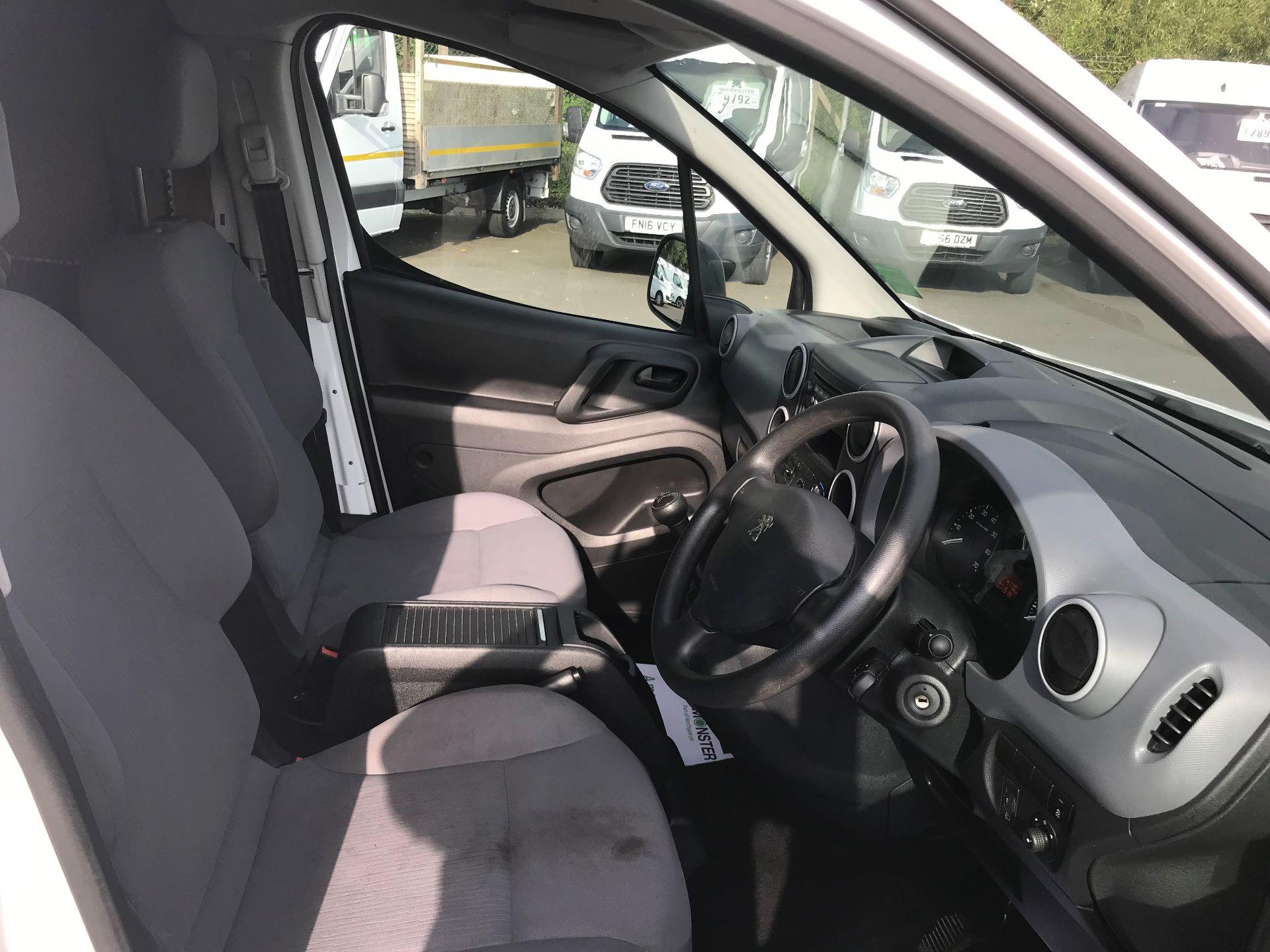 2016 Peugeot Partner L1 850 S 1.6 92PS [SLD] EURO 5 (NY16EEB) Image 19