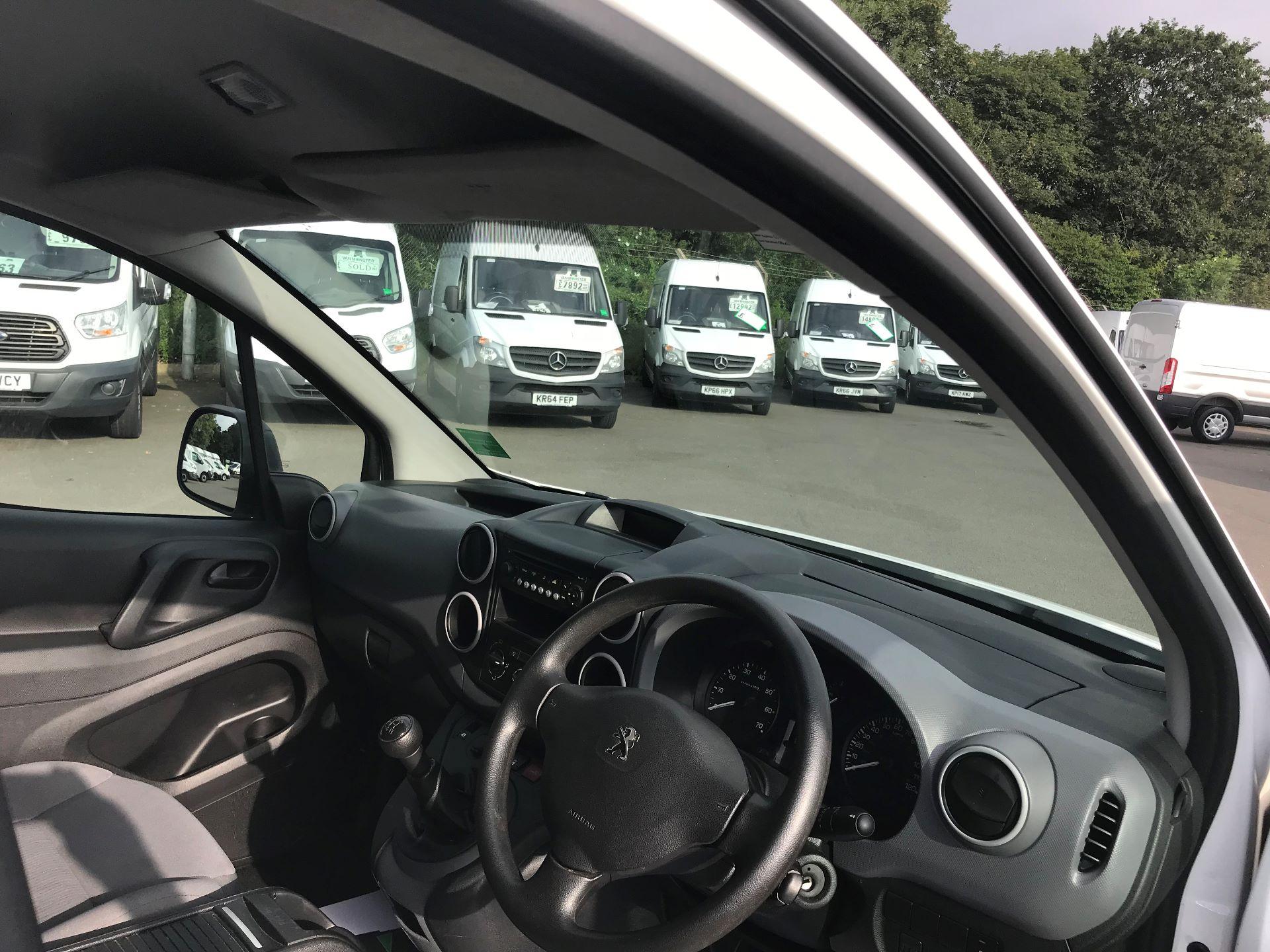 2016 Peugeot Partner L1 850 S 1.6 92PS [SLD] EURO 5 (NY16EEB) Image 18