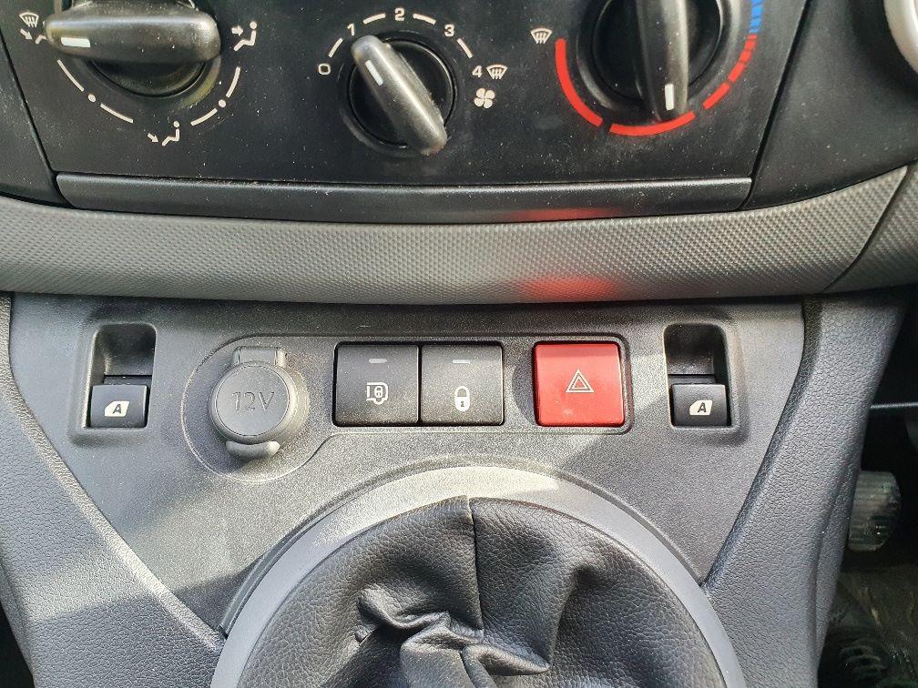2016 Peugeot Partner 715 S 1.6 Hdi 92 Crew Van (NY16EJU) Image 18