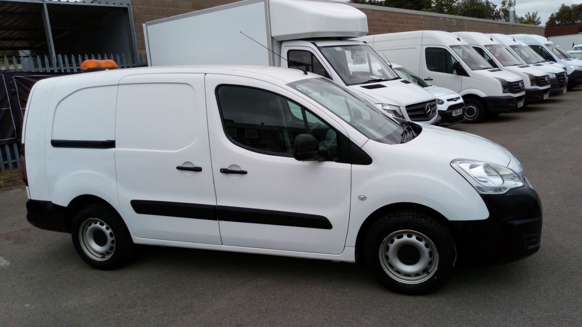2016 Peugeot Partner 715 S 1.6 Hdi 92 Crew Van (NY16EKP) Image 2