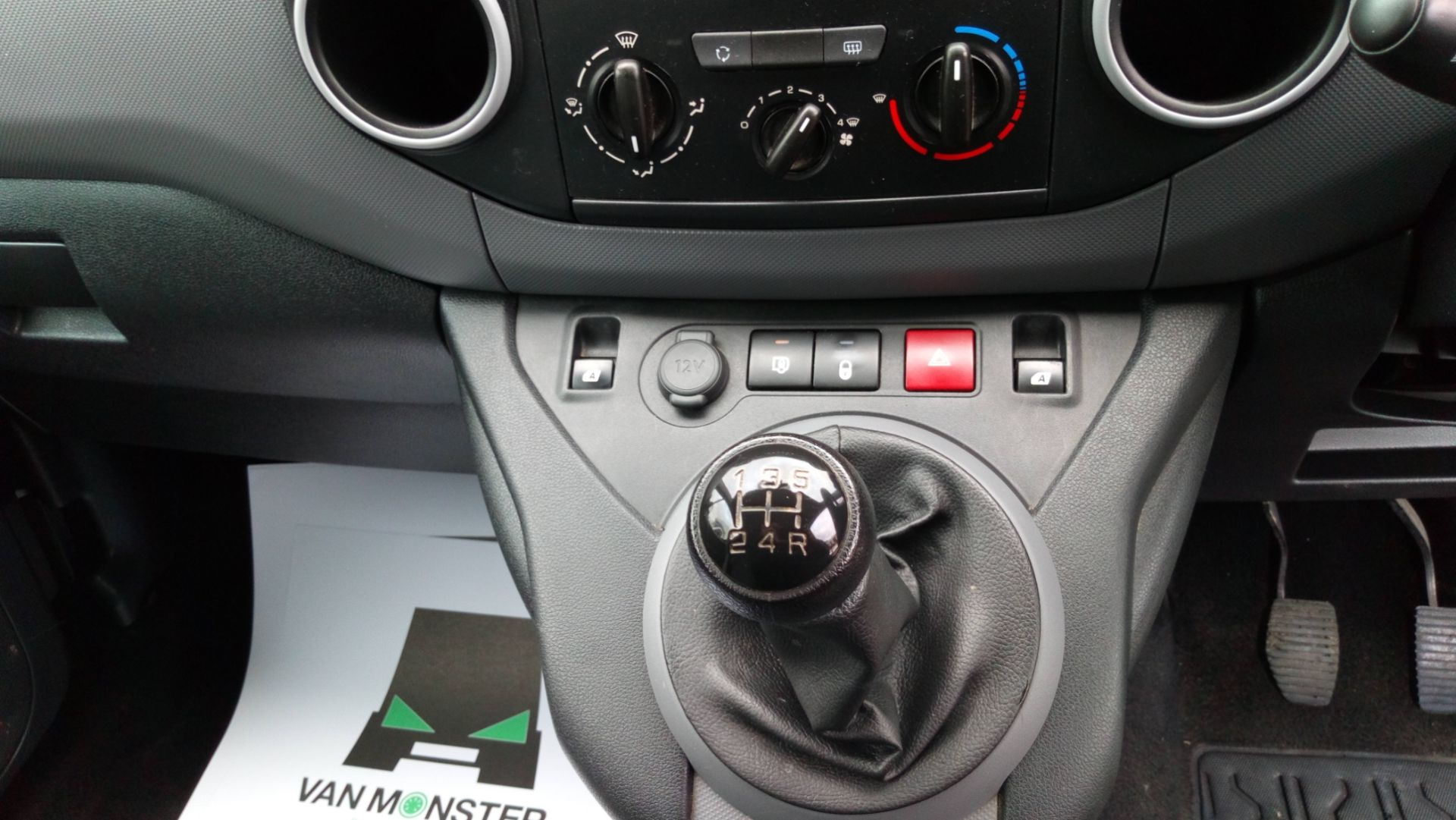 2016 Peugeot Partner 715 S 1.6 Hdi 92 Crew Van (NY16EKP) Image 13